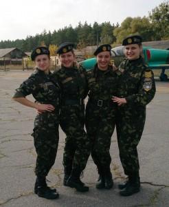 Наши девчата - самые боевые!